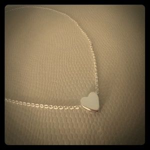 Jewelry - ♥️1 LEFT!♥️Adorable tiny heart necklace! ♥️